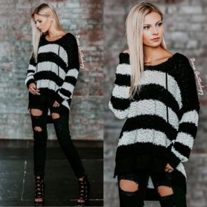 🌟🌟LAST ONE🌟🌟Cozy Striped Hooded Sweater